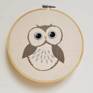 Cercle à broder – Hibou taupe